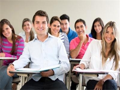 新SAT考试各科备考提分技巧 这些你都知道吗?图2